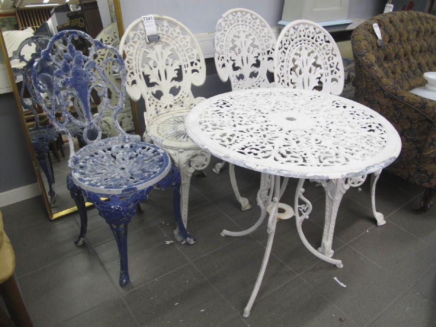 gjutjärn bord stolar