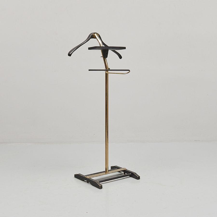 Herrbetjänt, Metropol Auktioner i Stockholm och på nätauktion med konst och inredning 5747