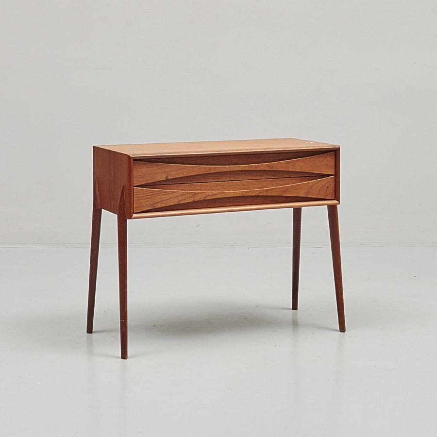 Buztic com byrå med djup 30 cm ~ Design Inspiration für die neueste Wohnkultur