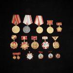 468249Parti medaljer