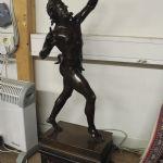 7347297Skulptur