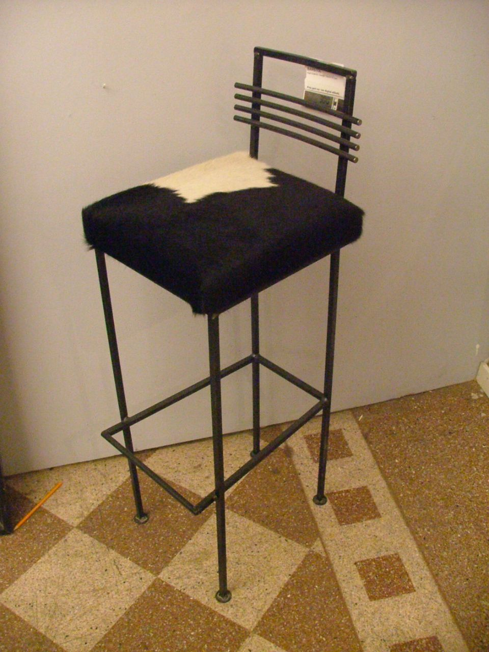 barstol with Default on Product further Revolver Bar Stool High Black Powder Coated besides Fast Forest Barstol 1 additionally I4m Flashcards Items In The House In Swedish moreover 9177 Viggo Barstol Polstret.