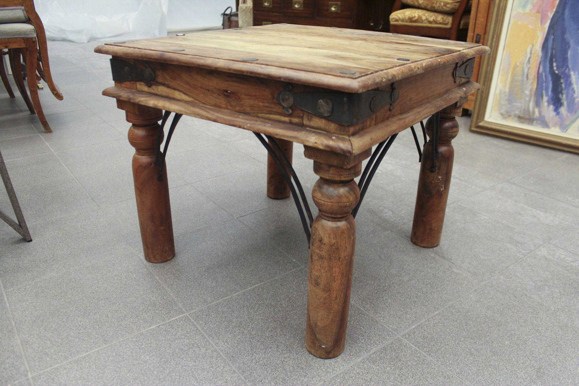 Soffbord, Rustikt, Längd 60, Djup 60, Höjd 50 733 6388 Metropol Auktioner