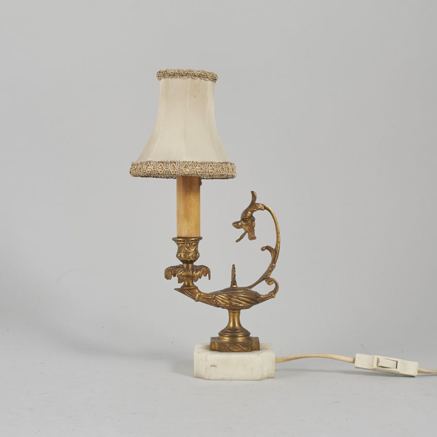 Bordslampa, mässing marmor. Höjd: 32 cm 1282 6548
